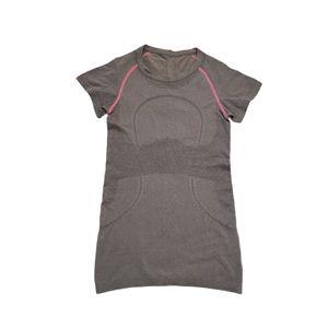 Lululemon Swiftly Tech Short Sleeve Size 4